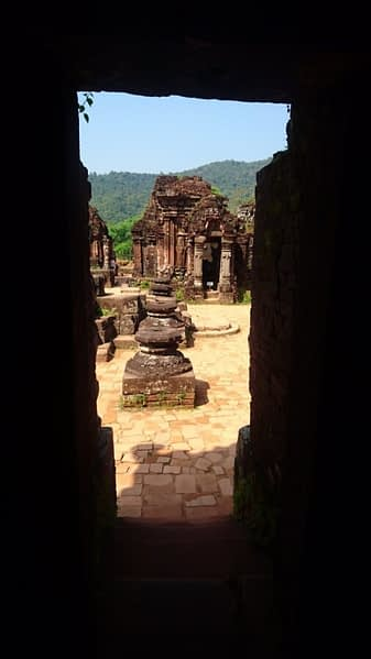 The views amidst the temple ruins and the mountains are quite otherworldly