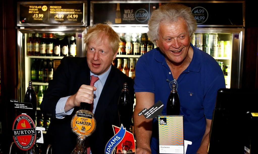 Boris Johnson: 'Don't go to the pub.' Tim Martin: 'No, do go to the pub.' – Stadler and Waldorf on meth