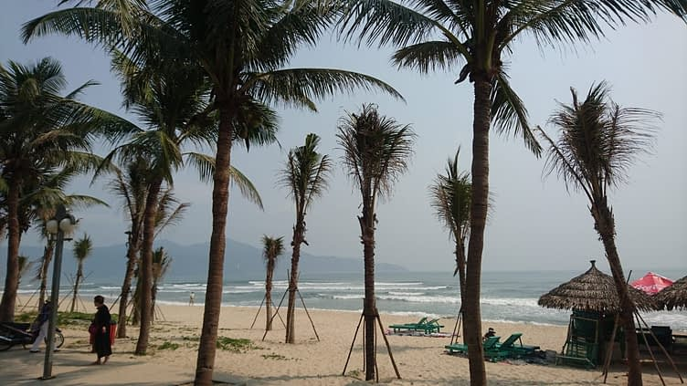 My Khe beach, Da Nang, is stunningly beautiful and spotlessly clean