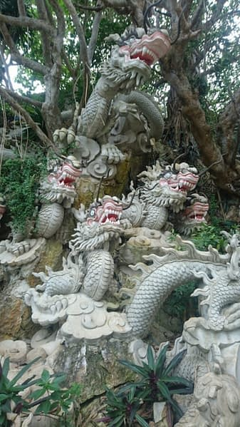 Five dragons representing the five Marble Mountains and the five elements of earth, water, air, fire and metal – which the mountains are named after